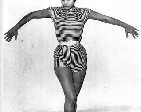 "Dalida ""Miss Ondine"" 1951"