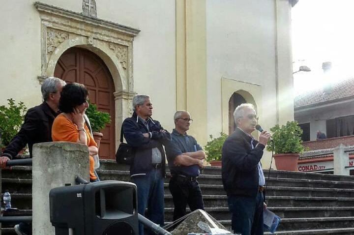 Comizio Piazza Dante