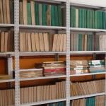 Alcuni scaffali dell'Archivio storico
